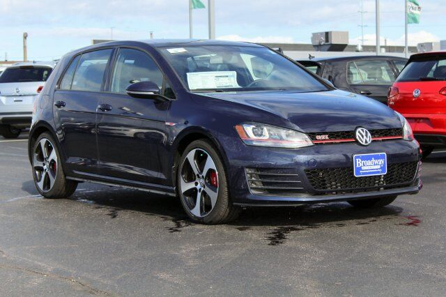 2017 Volkswagen Golf GTI SE Green Bay WI
