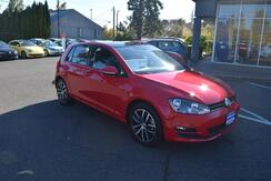 2017_Volkswagen_Golf_SE_ McMinnville OR