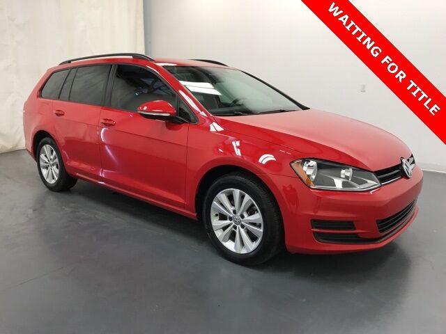 2017 Volkswagen Golf SportWagen S 4Motion Holland MI