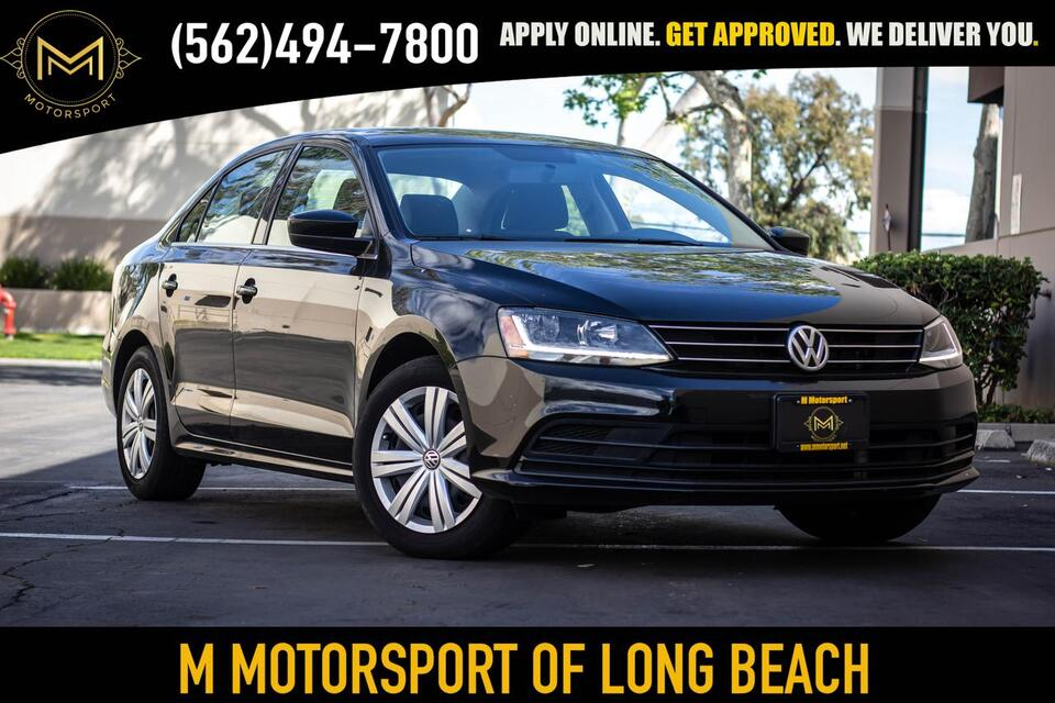 2017_Volkswagen_Jetta_1.4T S Sedan 4D_ Long Beach CA