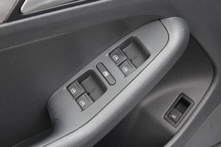 2017 Volkswagen Jetta 1.4T SE Everett WA