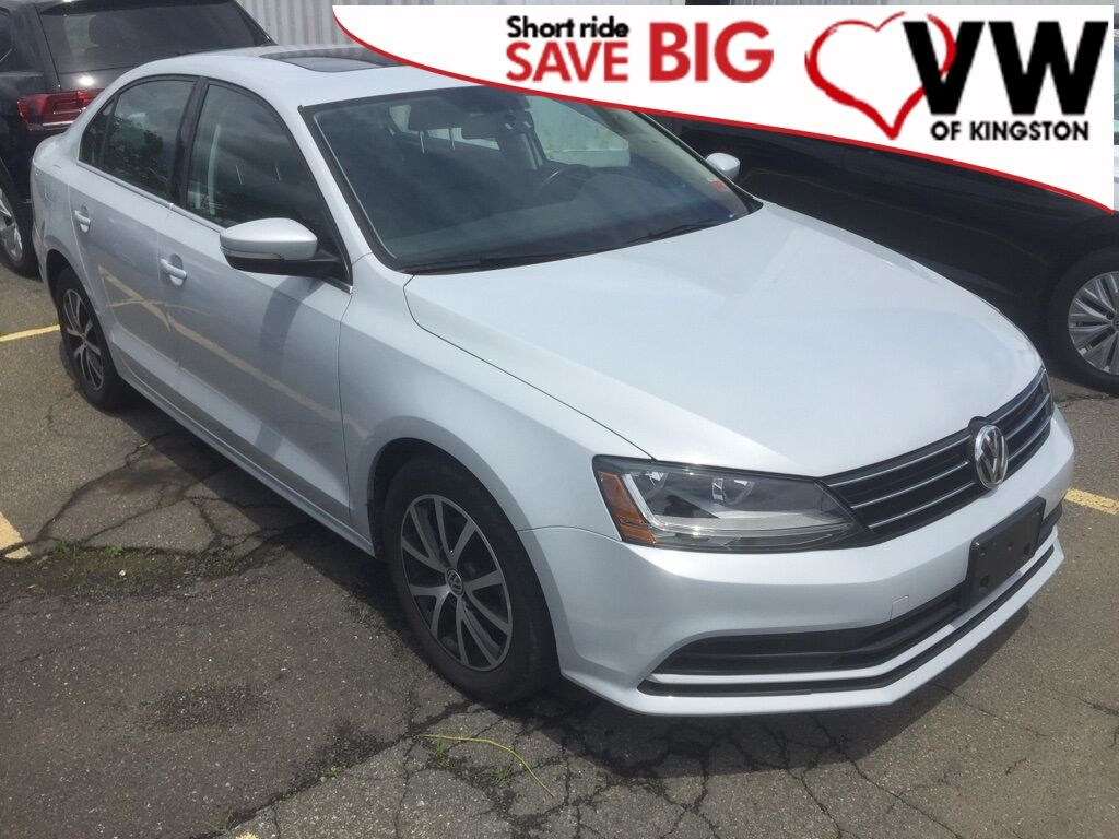 2017_Volkswagen_Jetta_1.4T SE_ Kingston NY