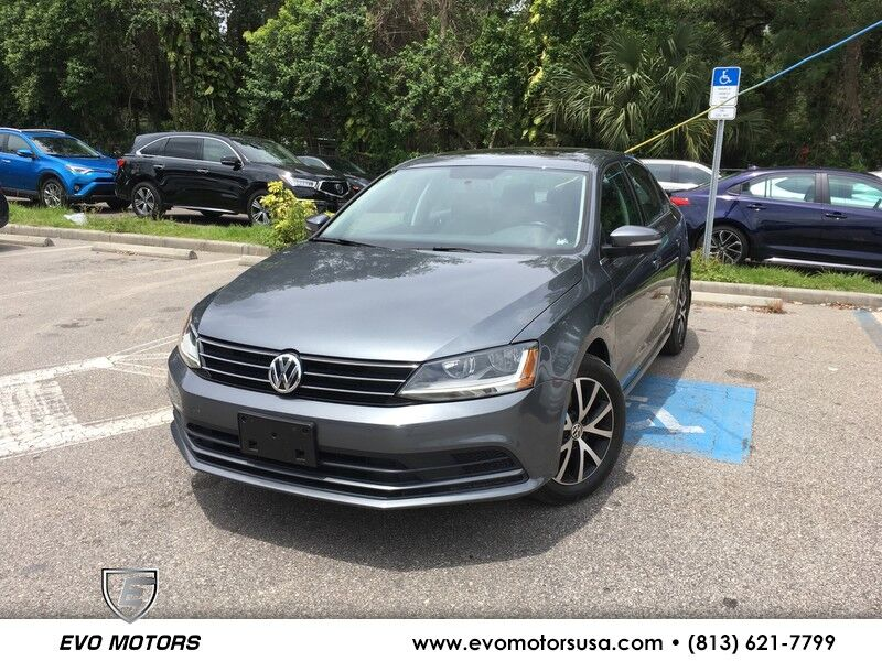 2017 Volkswagen Jetta 1.4T SE LEATHER. SUNROOF. APPLECARPLAY Seffner FL