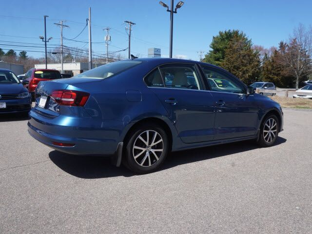 2017 volkswagen jetta 1 4t se manual brockton ma 29605687. Black Bedroom Furniture Sets. Home Design Ideas