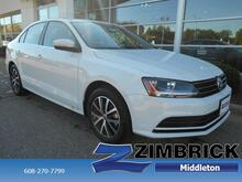 2017_Volkswagen_Jetta_1.4T SE Manual_ Madison WI