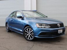 2017_Volkswagen_Jetta_1.4T SE_ Van Nuys CA