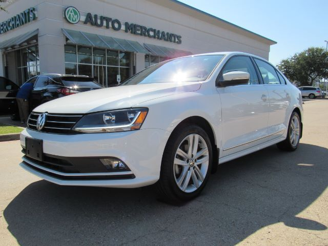 2017 Volkswagen Jetta 1.8T SEL 6A. NAVI, ADAPTIVE CRUISE CONTROL, BLIND SPOT, CROSS-TRAFFIC, APPLE CAR PLAY/ANDROID AUTO, Plano TX