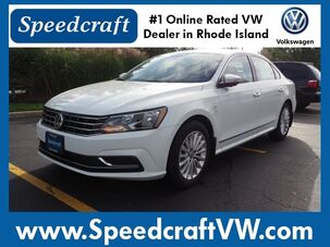 2017_Volkswagen_Passat_1.8T SE 4dr Sedan_ Wakefield RI