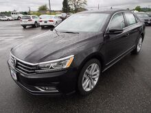 2017_Volkswagen_Passat_1.8T SE w/Technology_ Burlington WA