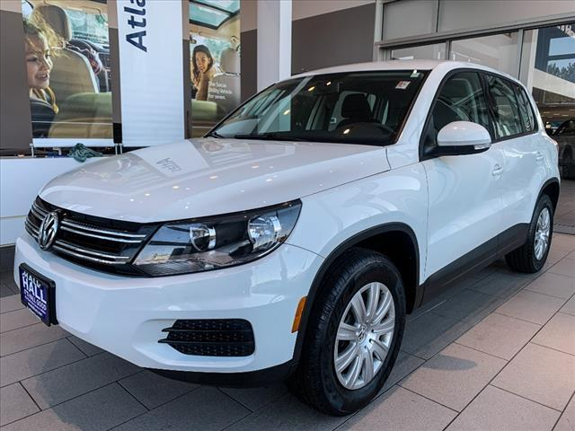 2017 Volkswagen Tiguan 2.0T Limited S 4Motion Brookfield WI