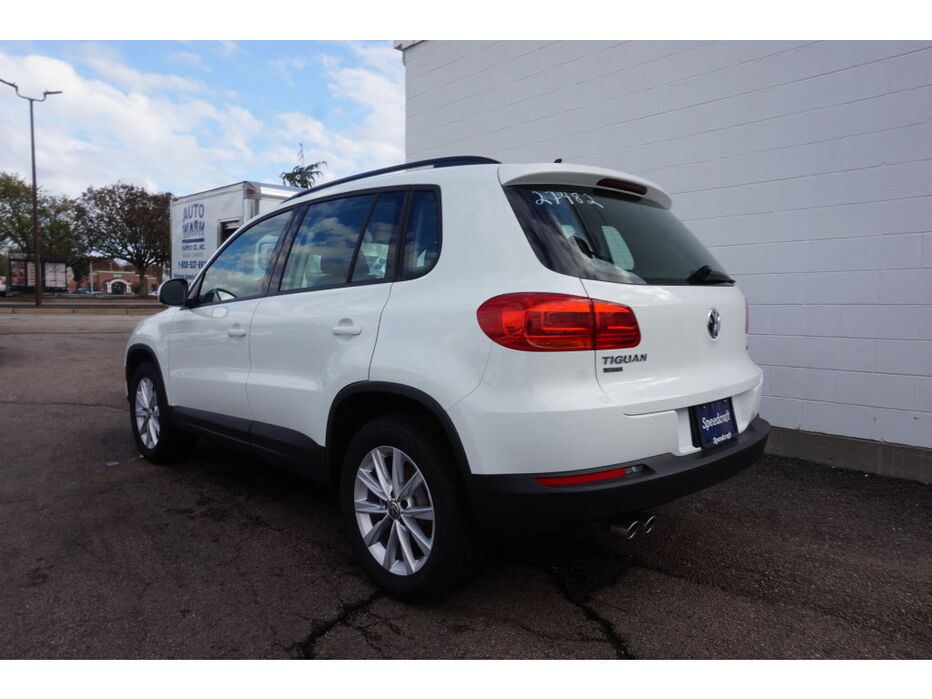 2017 volkswagen tiguan limited awd 2 0t limited s 4motion 4dr suv wakefield ri 20570792. Black Bedroom Furniture Sets. Home Design Ideas