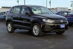 2017_Volkswagen_Tiguan Limited_LIMI_ Green Bay WI