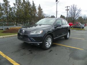 2017_Volkswagen_Touareg_AWD V6 Sport 4dr SUV w/Technology_ Wakefield RI