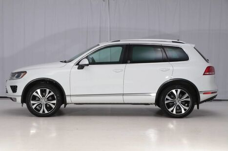 2017_Volkswagen_Touareg AWD_Wolfsburg Edition_ West Chester PA