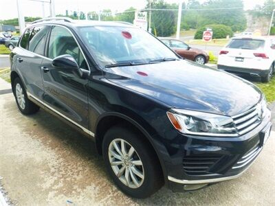 2017_Volkswagen_Touareg_Sport w/Technology_ Kingston NY