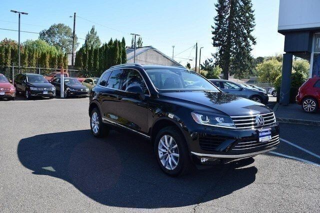2017 Volkswagen Touareg Sport with Technology McMinnville OR