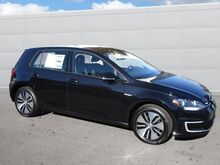 2017_Volkswagen_e-Golf_SE_ Walnut Creek CA