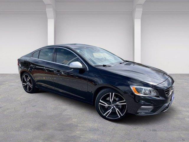 2017 Volvo S60 T6 AWD R-Design Platinum Westborough MA