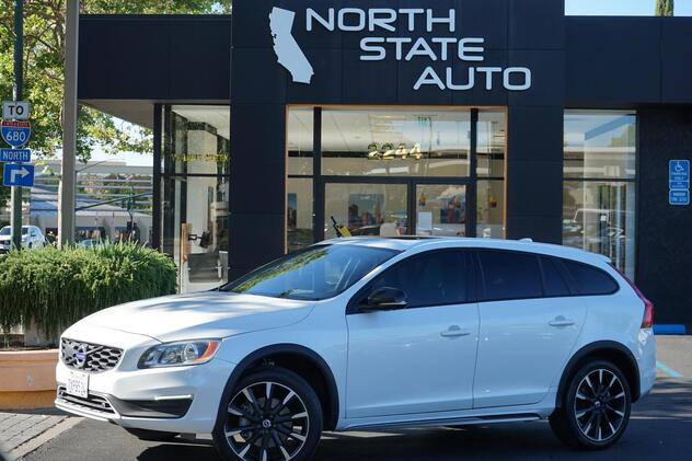 2017_Volvo_V60 Cross Country__ Walnut Creek CA