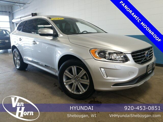 2017 Volvo XC60 T5 Inscription Plymouth WI