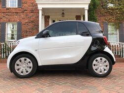 2017_smart_fortwo_pure BEAUTIFUL BLACK AND WHITE STILL LIKE NEW_ Arlington TX