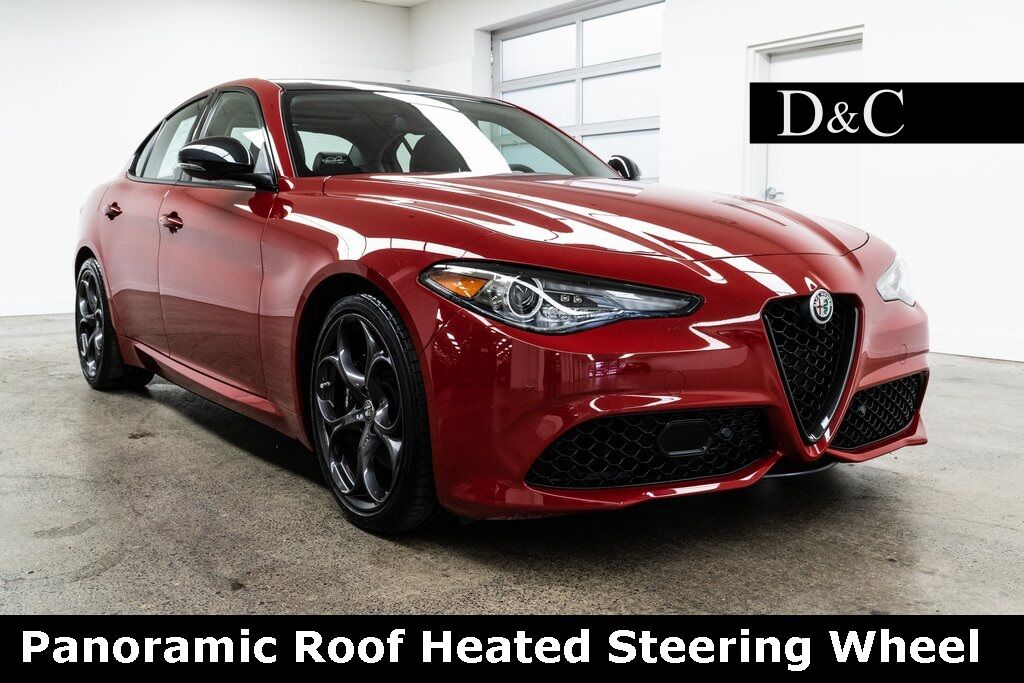 2018 Alfa Romeo Giulia Ti Sport Package Panoramic Roof Heated Steering Wheel Portland OR