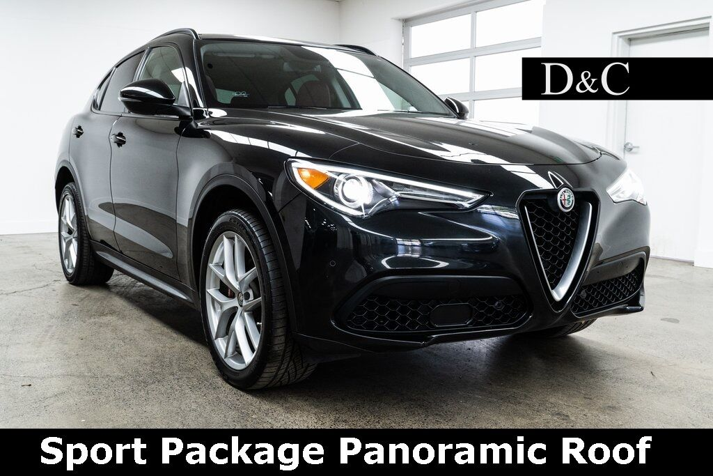 2018 Alfa Romeo Stelvio Sport Package Panoramic Roof Portland OR