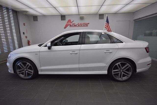 2018 Audi A3 2.0T PREMIUM PLUS Bay Shore NY