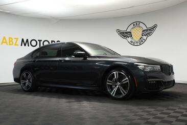 2018_BMW_7 Series_740i M Sport,Pano Roof,Blind Spot,Apple Play,Heated Seats_ Houston TX