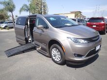 2018_BraunAbility Chrysler_Pacifica_Power Foldout XT_ Anaheim CA