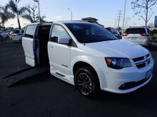 2018_BraunAbility Dodge_Grand Caravan_R/T w/ Power Infloor Ramp_ Anaheim CA