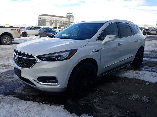 2018 Buick Enclave Avenir AWD LEATHER ROOF AND NAV Calgary AB