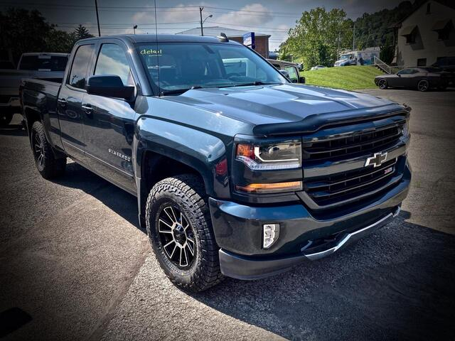 2018_CHEVROLET_SILVERADO 1500 DOUBLE CAB 4X4_LT Z71_ Bridgeport WV