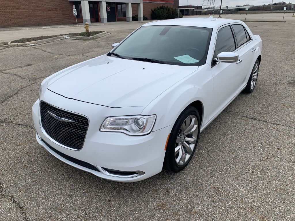 2018 CHRYSLER 300 LIMITED Columbus OH