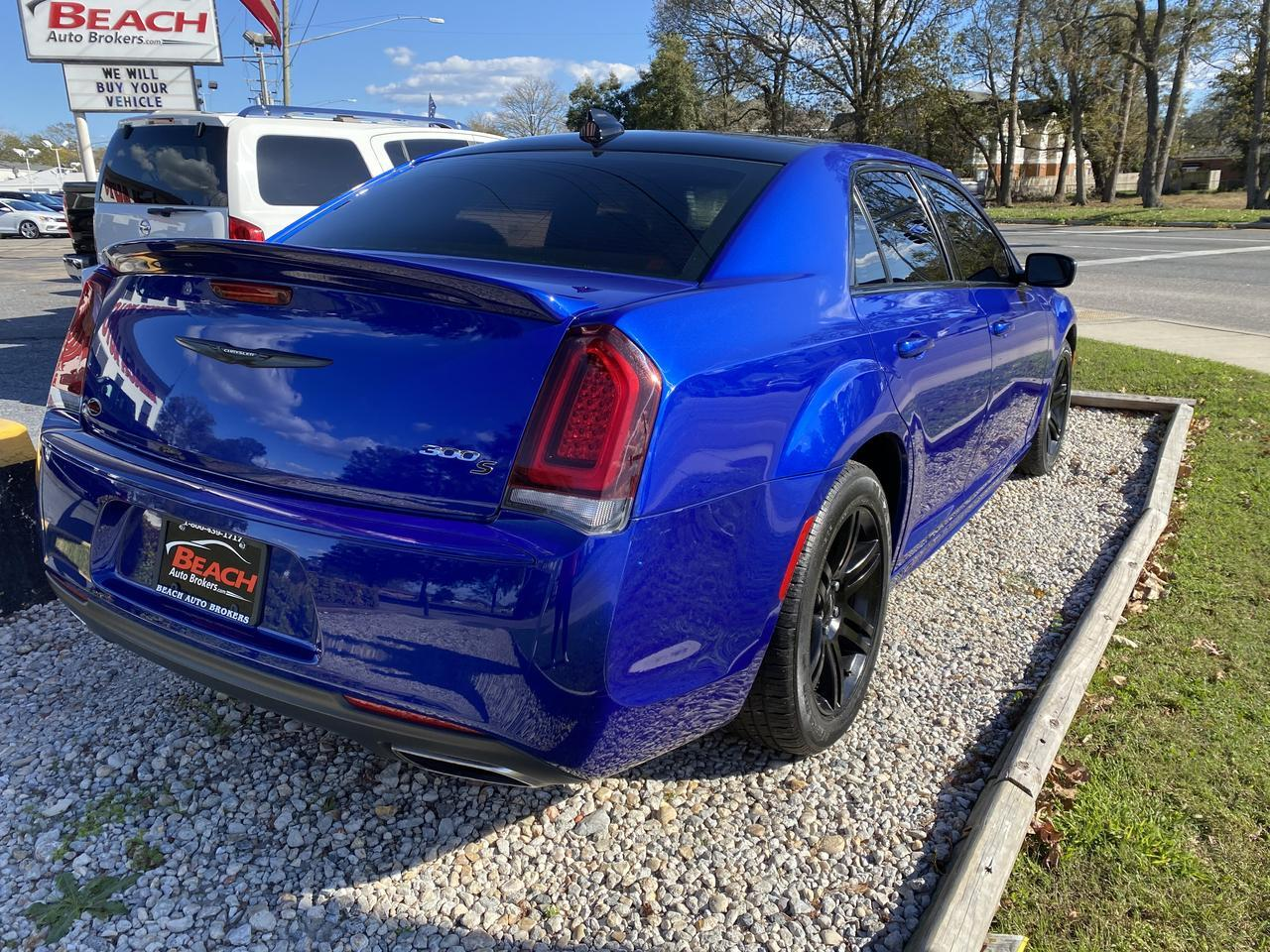 2018 CHRYSLER 300 S, WARRANTY, HEATED SEATS, NAV, KEYLESS START, SIRIUS RADIO, CLEAN CARFAX, 1 OWNER! Norfolk VA