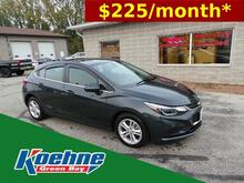 2018_Chevrolet_Cruze_4dr HB 1.4L LT w/1SD_ Green Bay WI
