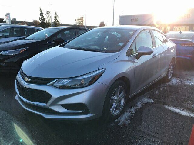 2018 Chevrolet Cruze LT-AUTO-CLOTH-HTD SEATS-CLEAN CARFAX Calgary AB
