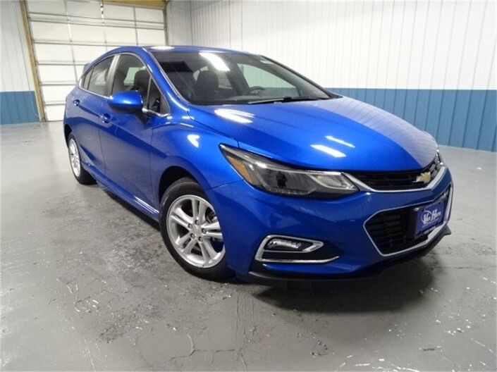2018 Chevrolet Cruze LT Plymouth WI