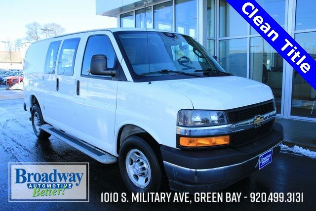 2018 Chevrolet Express 2500 Work Van Green Bay WI
