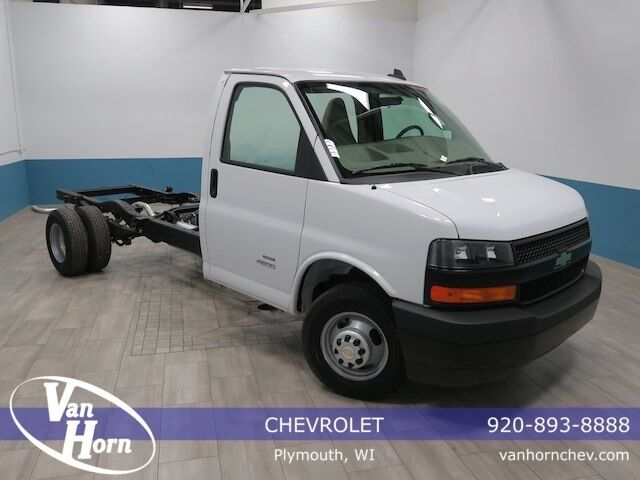 2018 Chevrolet Express Cutaway 4500 Series Plymouth WI