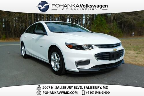 2018_Chevrolet_Malibu_LS 1LS ** ONLY 18K MILES ** GUARANTEED FINANCING **_ Salisbury MD