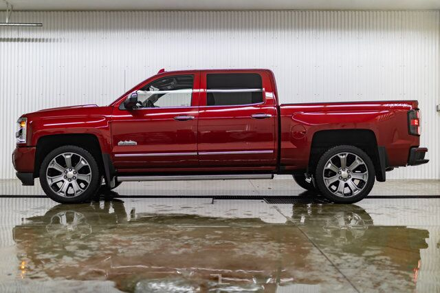 2018 Chevrolet Silverado 1500 4x4 Crew Cab High Country Leather Roof Nav Red Deer AB