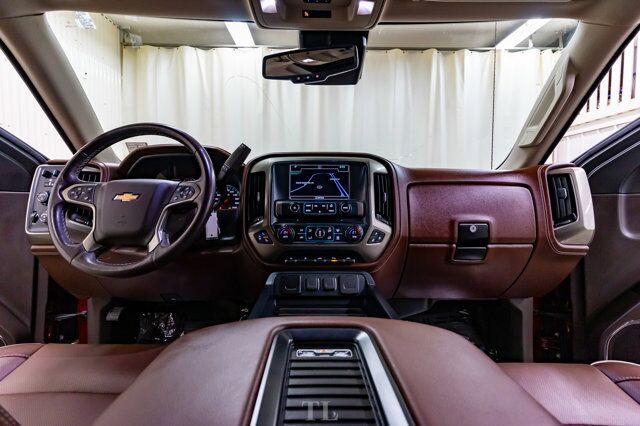 2018 Chevrolet Silverado 1500 4x4 Crew Cab High Country Longbox Leather Roof Nav Red Deer AB