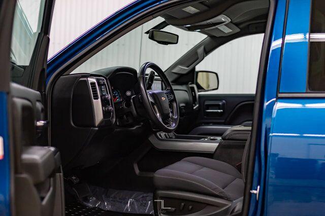 2018 Chevrolet Silverado 1500 4x4 Crew Cab LT Z71 BCam Red Deer AB