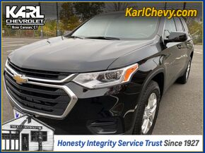 2018_Chevrolet_Traverse_LS_ New Canaan CT
