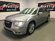 2018_Chrysler_300_Limited AWD_ Akron OH