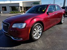2018_Chrysler_300_Limited_ Fort Wayne Auburn and Kendallville IN