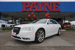 2018_Chrysler_300_Limited_ Mission TX