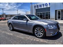2018_Chrysler_300_Limited_ Pampa TX