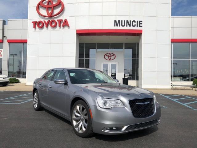 2018 Chrysler 300 Limited RWD Muncie IN